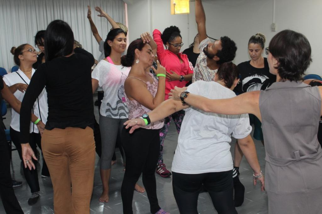 Aula de Pós em Dança e Consciência Corporal
